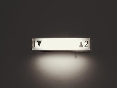 視線のエレベーター現象が起こる理由