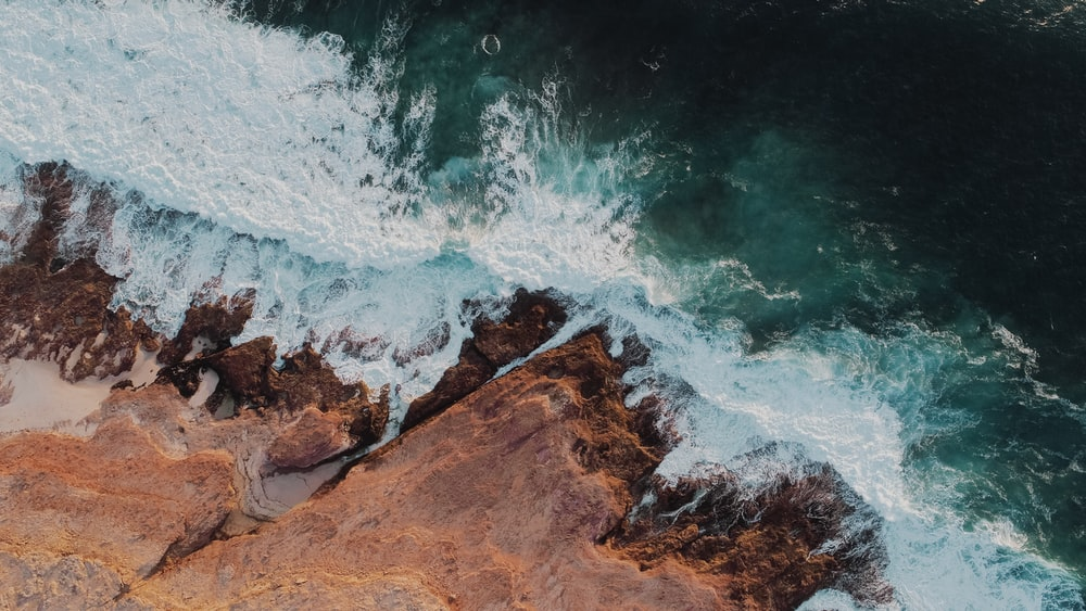 aerial photo of sea and sands