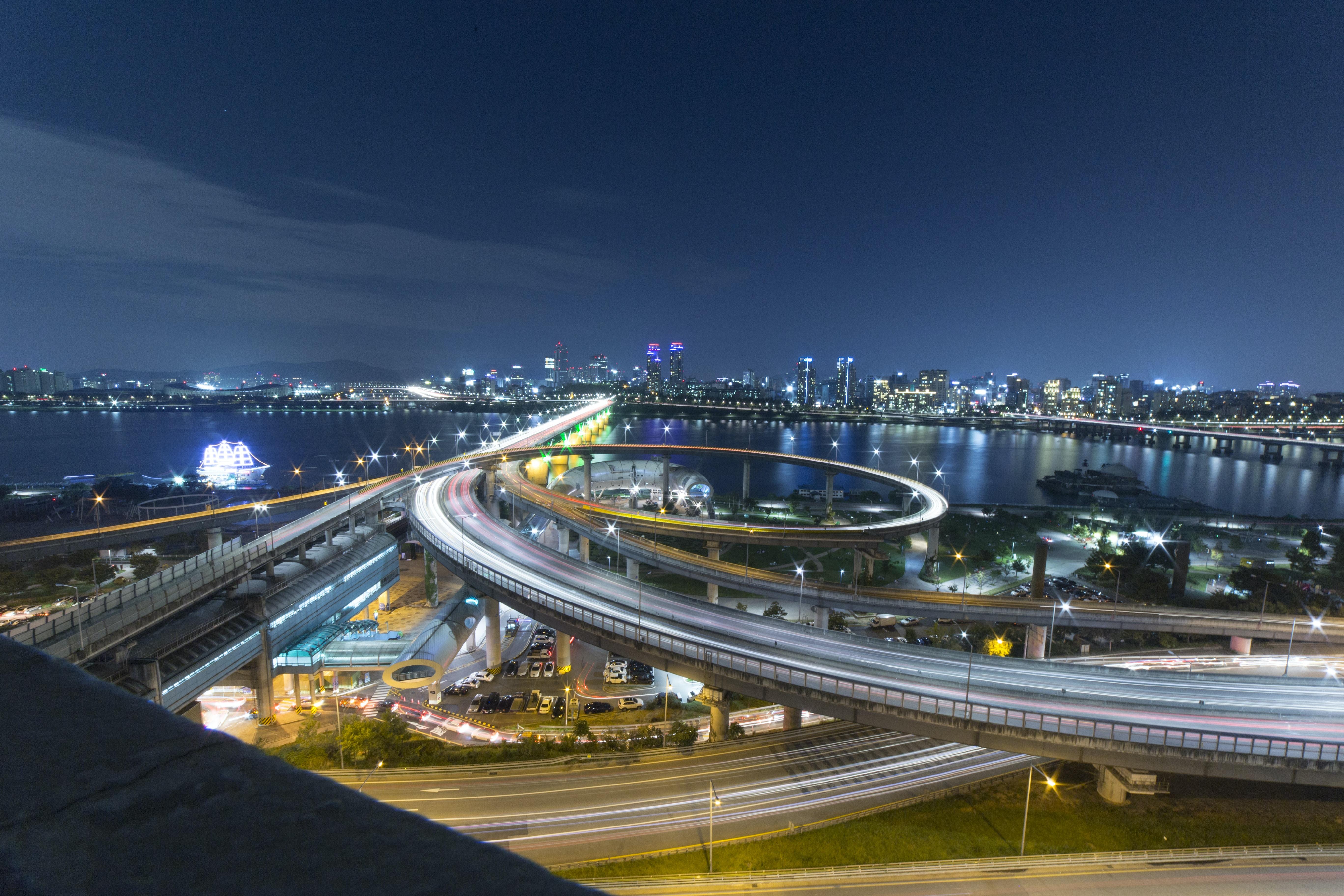 gray city bridge during daytime