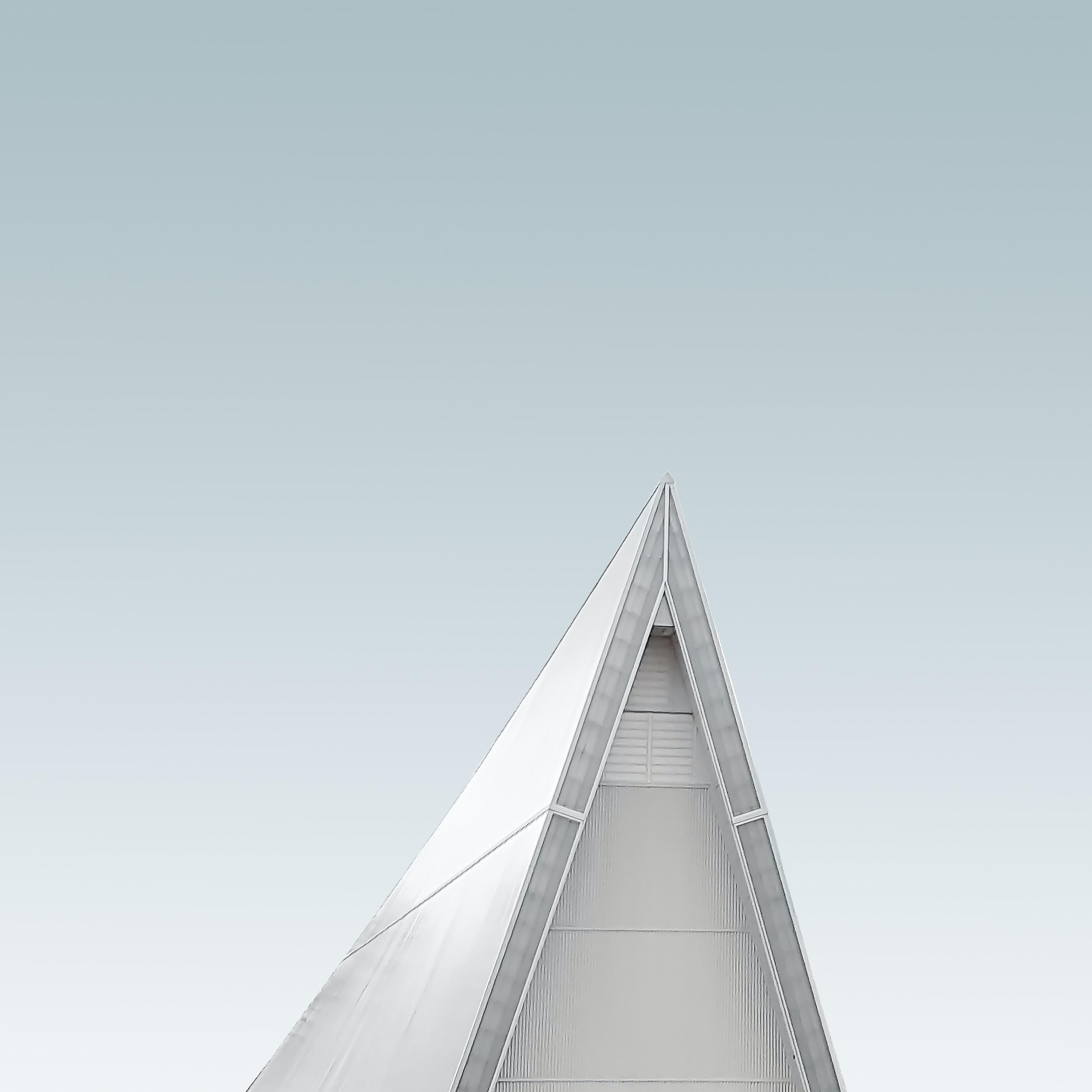 gray building tip