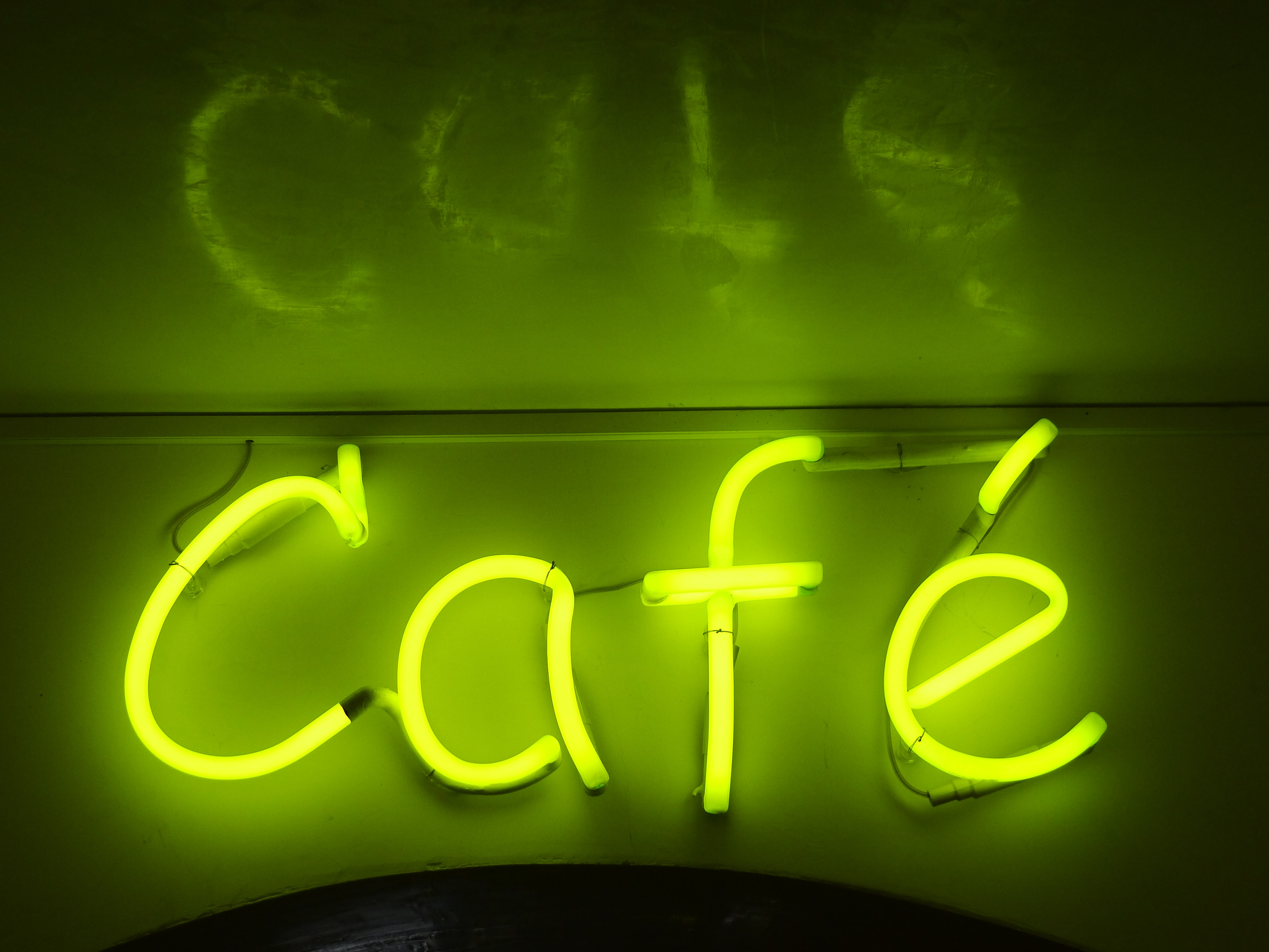 green Cafe neon signage