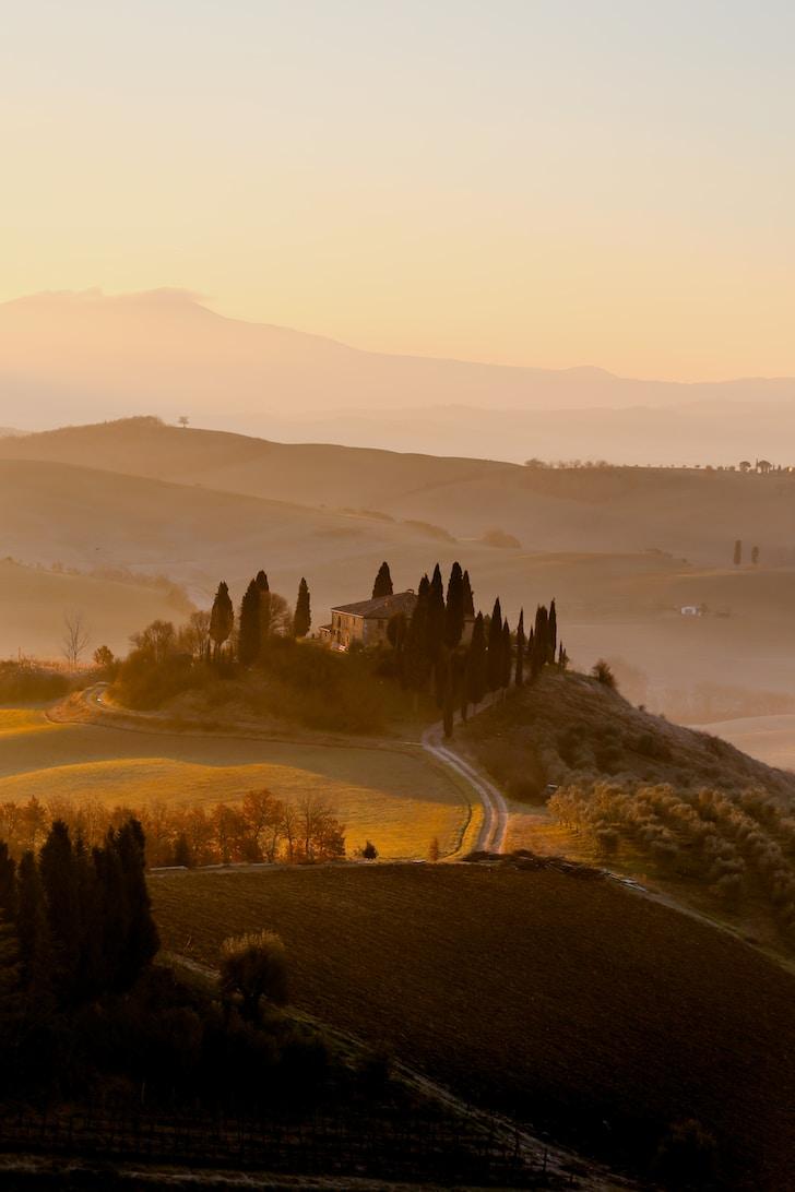 """Viaggio tra le seduzioni e le tentazioni di una delle più """"calienti"""" e interessanti regioni italiane"""