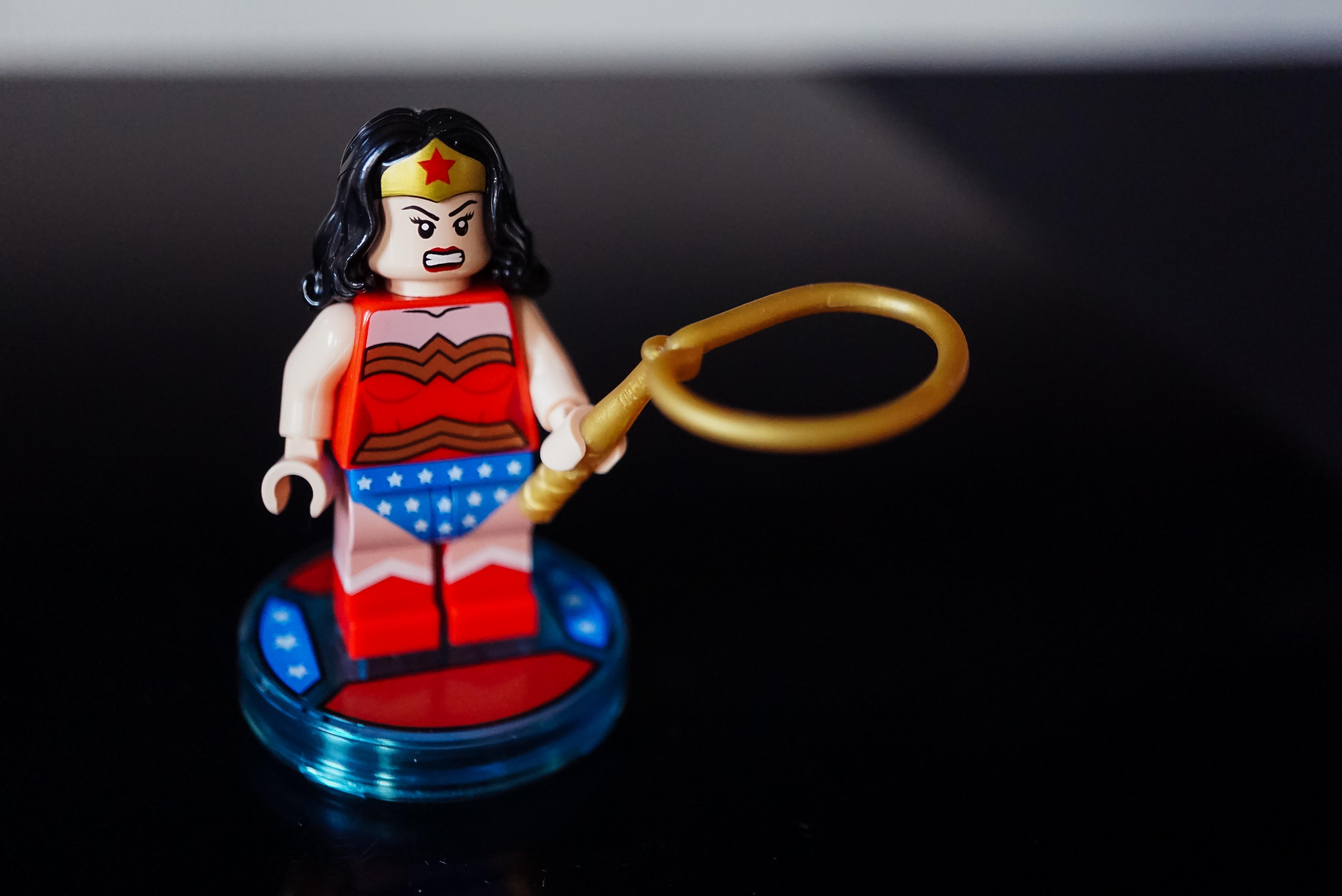 Wonder Woman Lego holding whip toy