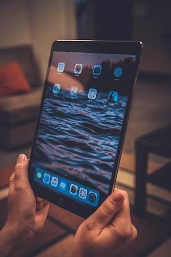 ¿Tablet o tableta?