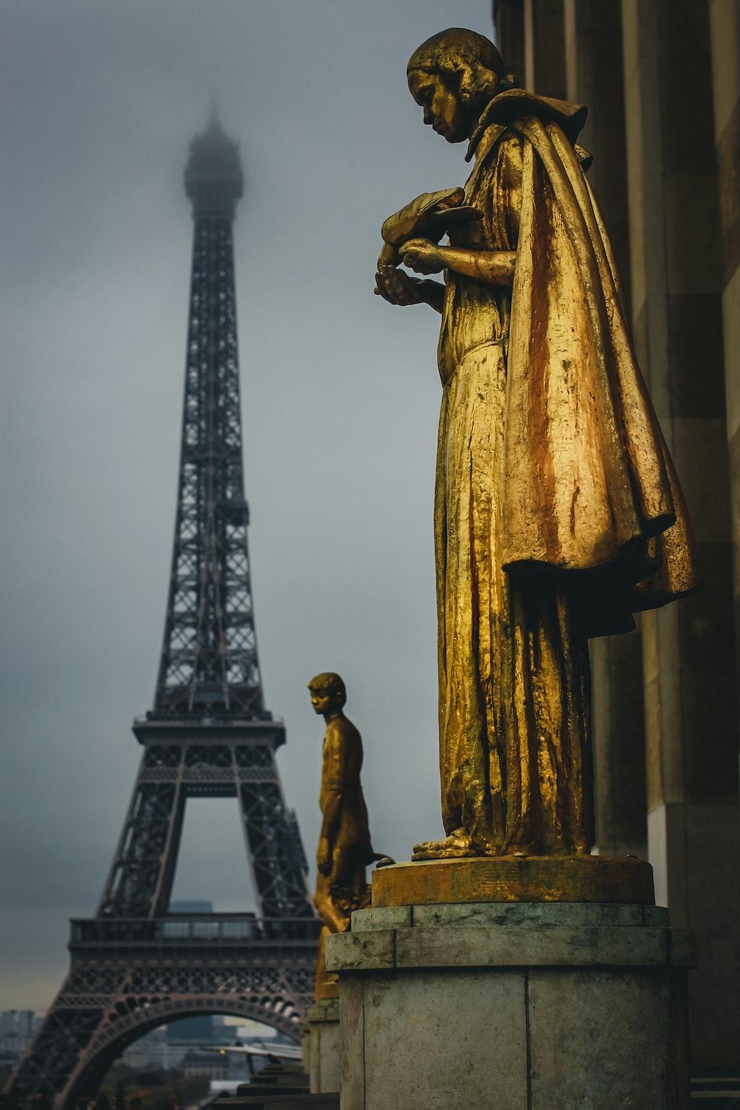 Paris Trisstes
