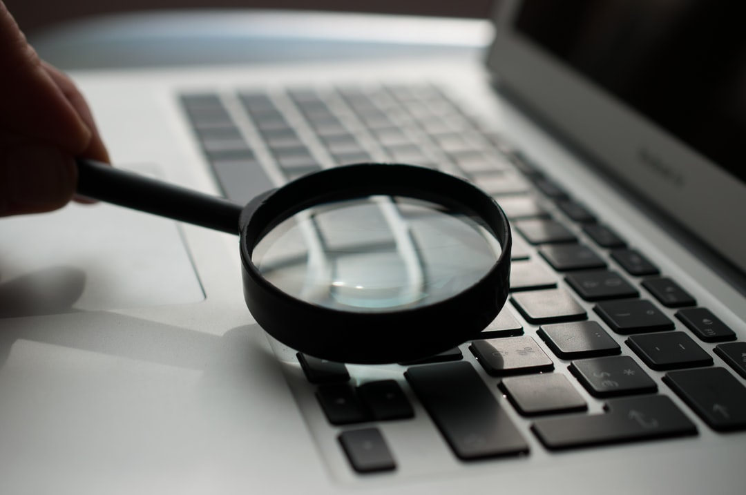 Il s'agit d'une photographie réalisée pour illustrer la page de recherche du site internet de l'agence web Olloweb Solutions