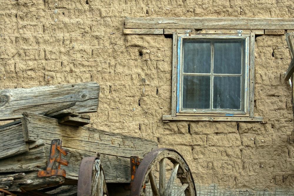carriage beside gray window