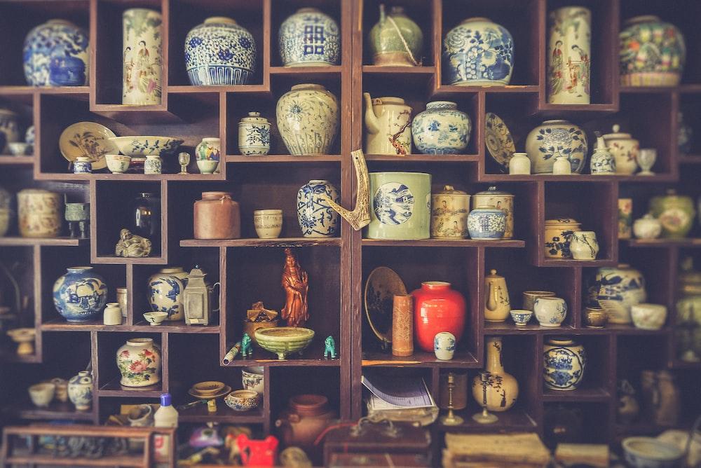 assorted-color jar lot
