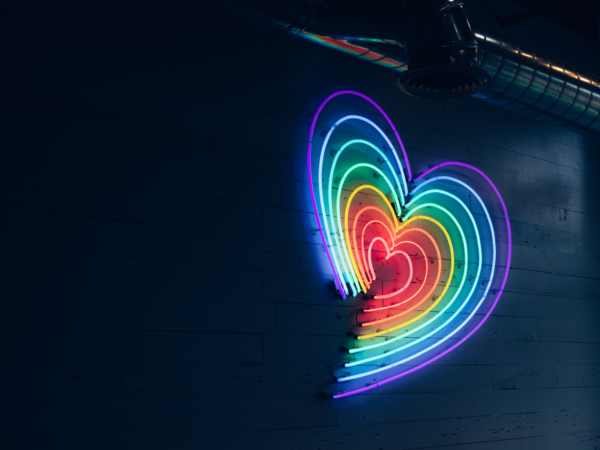 This new place called Locali opened 3 locations in L.A and in one of them I found this rainbow heart. Right in the middle of West Hollywood.