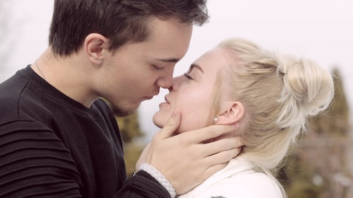 The Top 5 Tips-How to Build Sexual Tension Through Conversation