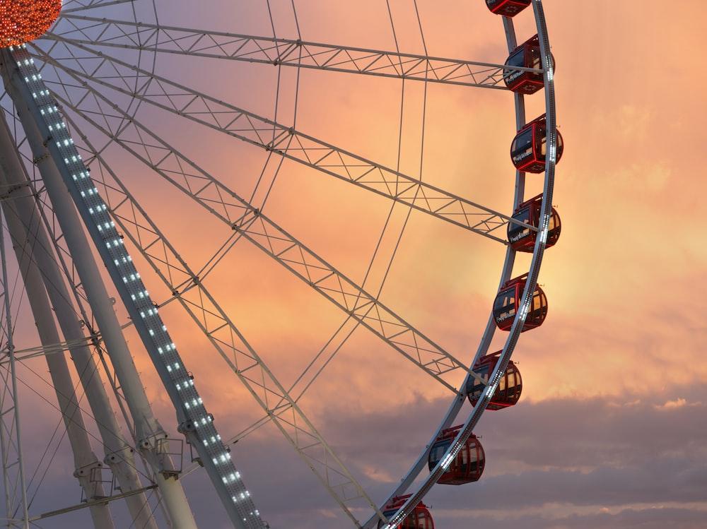 ferris wheel during sunset