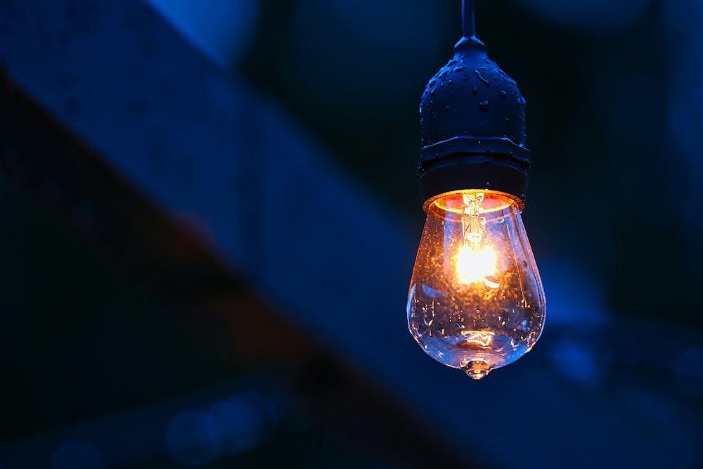 photo of light bulb