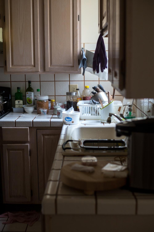 white wooden kitchen cabinet