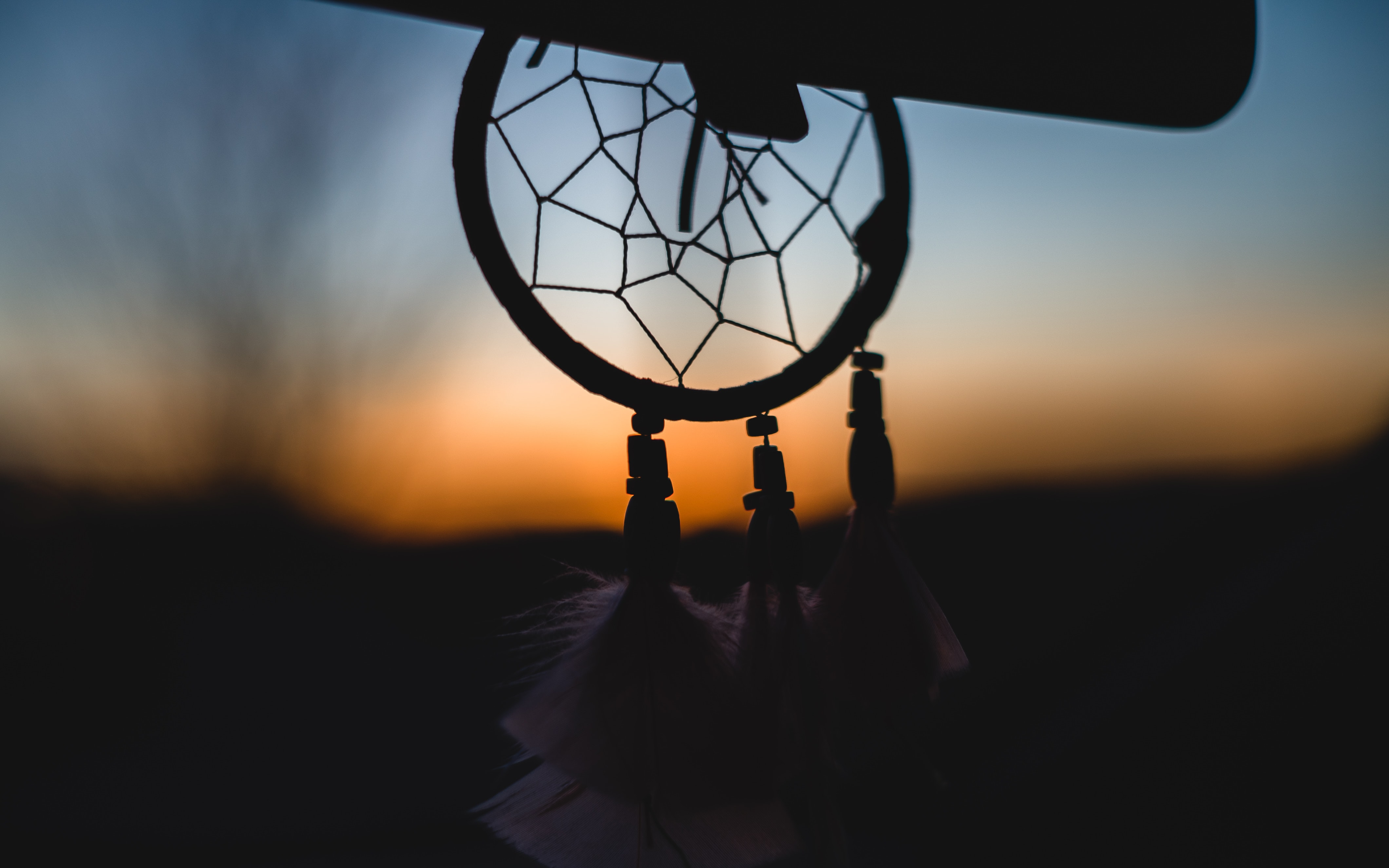 silhouette of dream catcher
