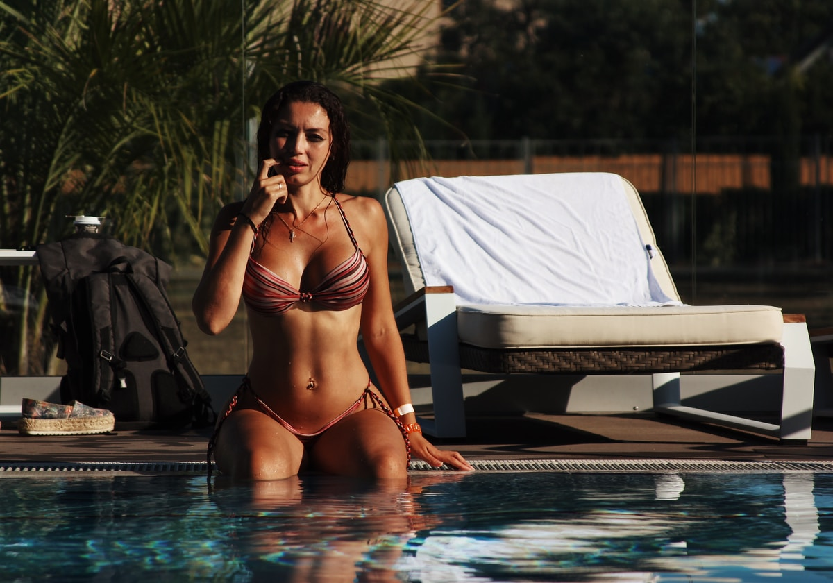 Brazilian Bikini Beach Girl