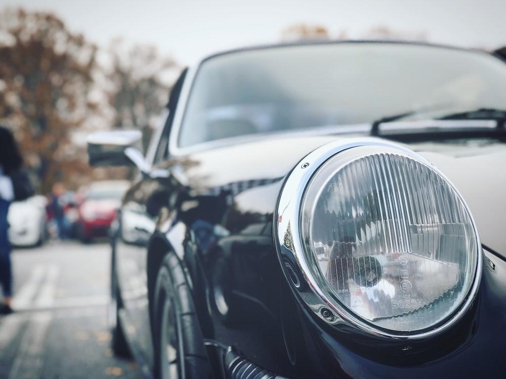 closeup photo of black car