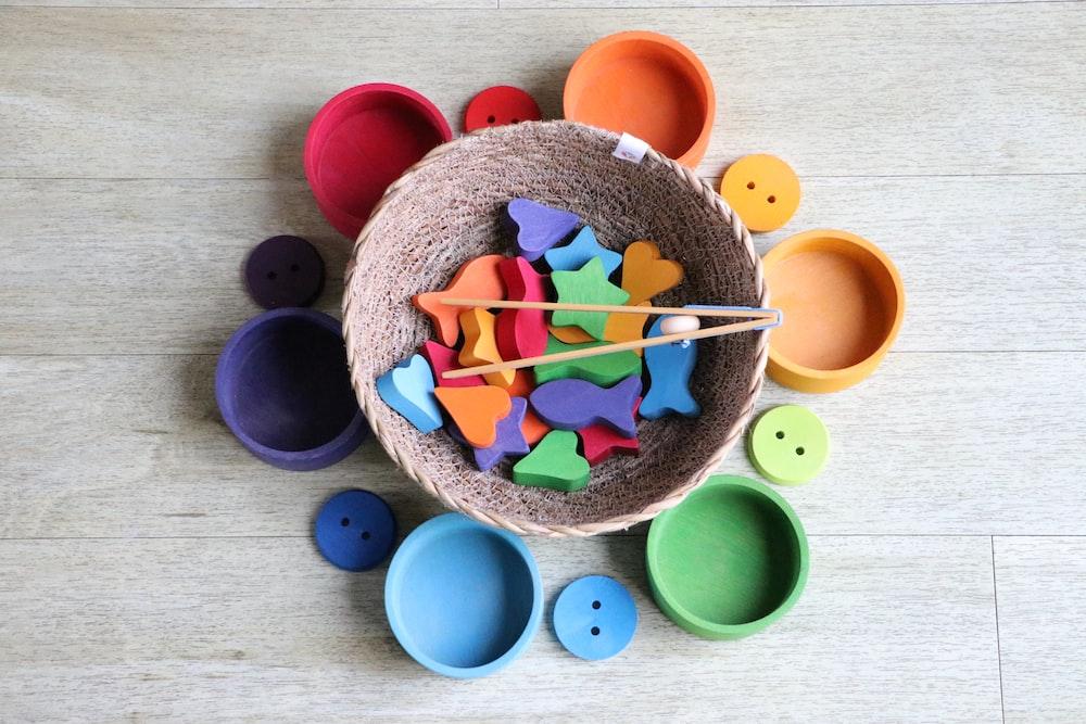 round assorted-color plastic cases
