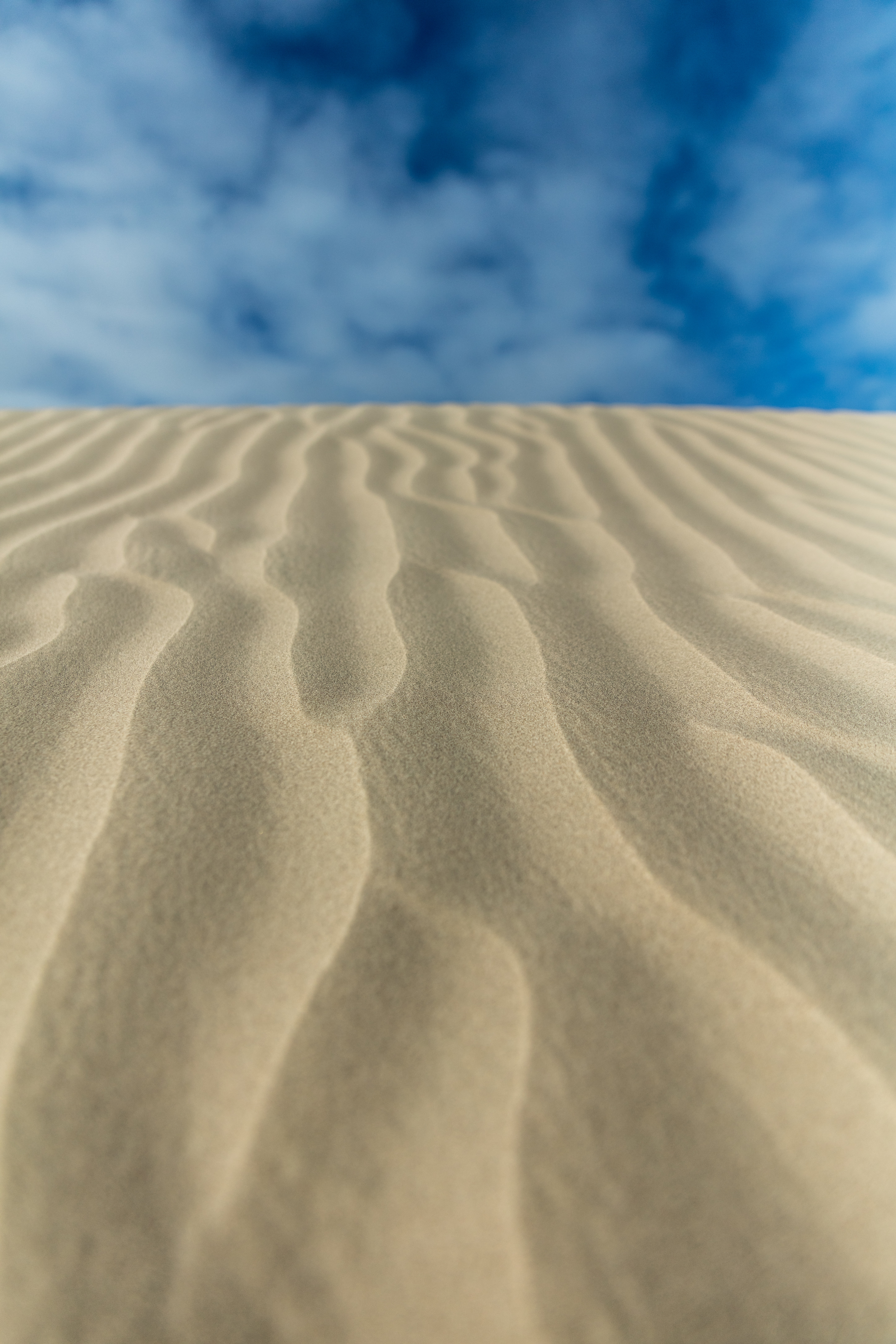 brown sand at daytime