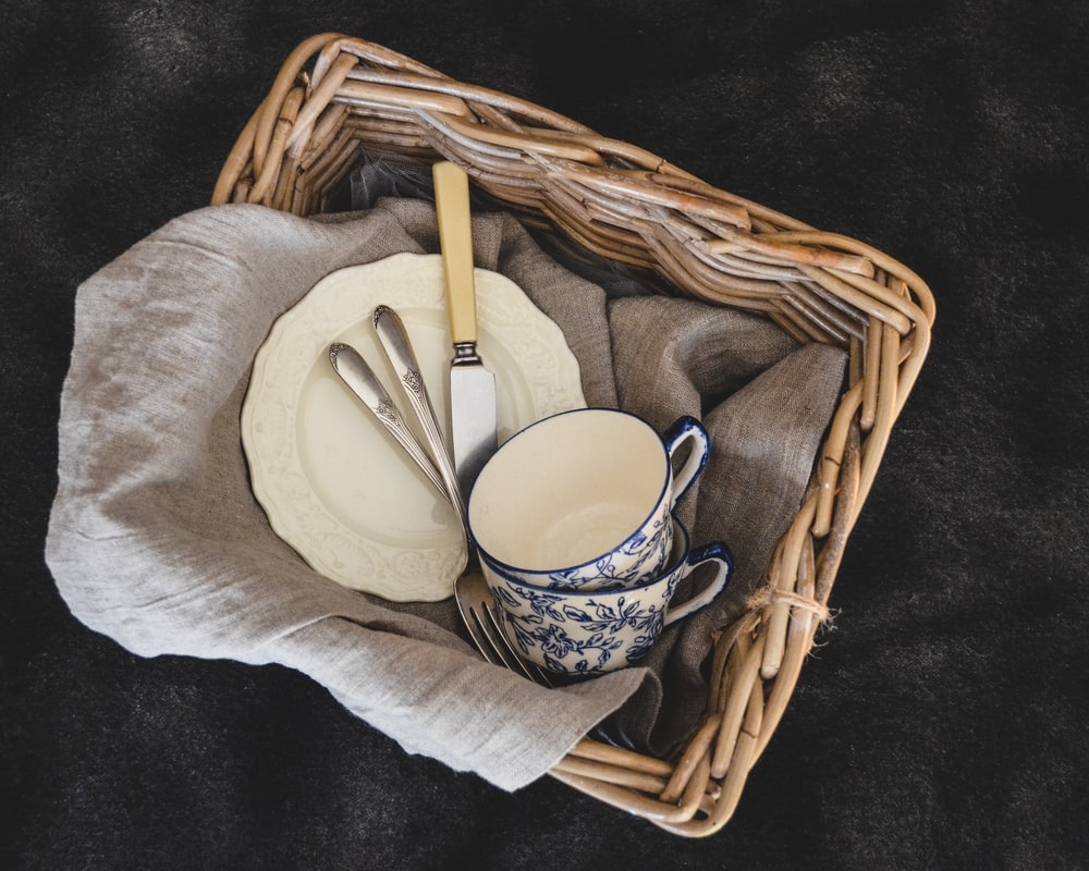 brown wicker picnic basket