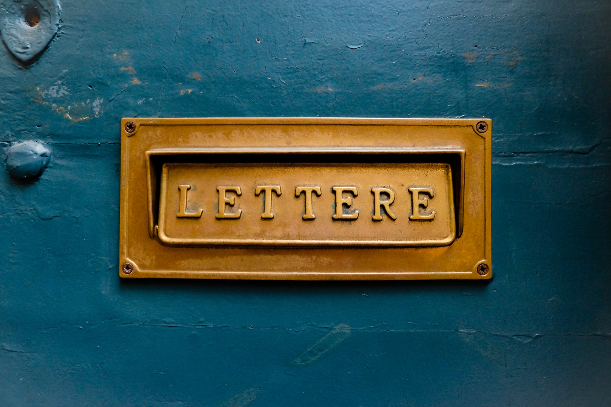 The simplicity and beauty of Italy in one mailbox.
