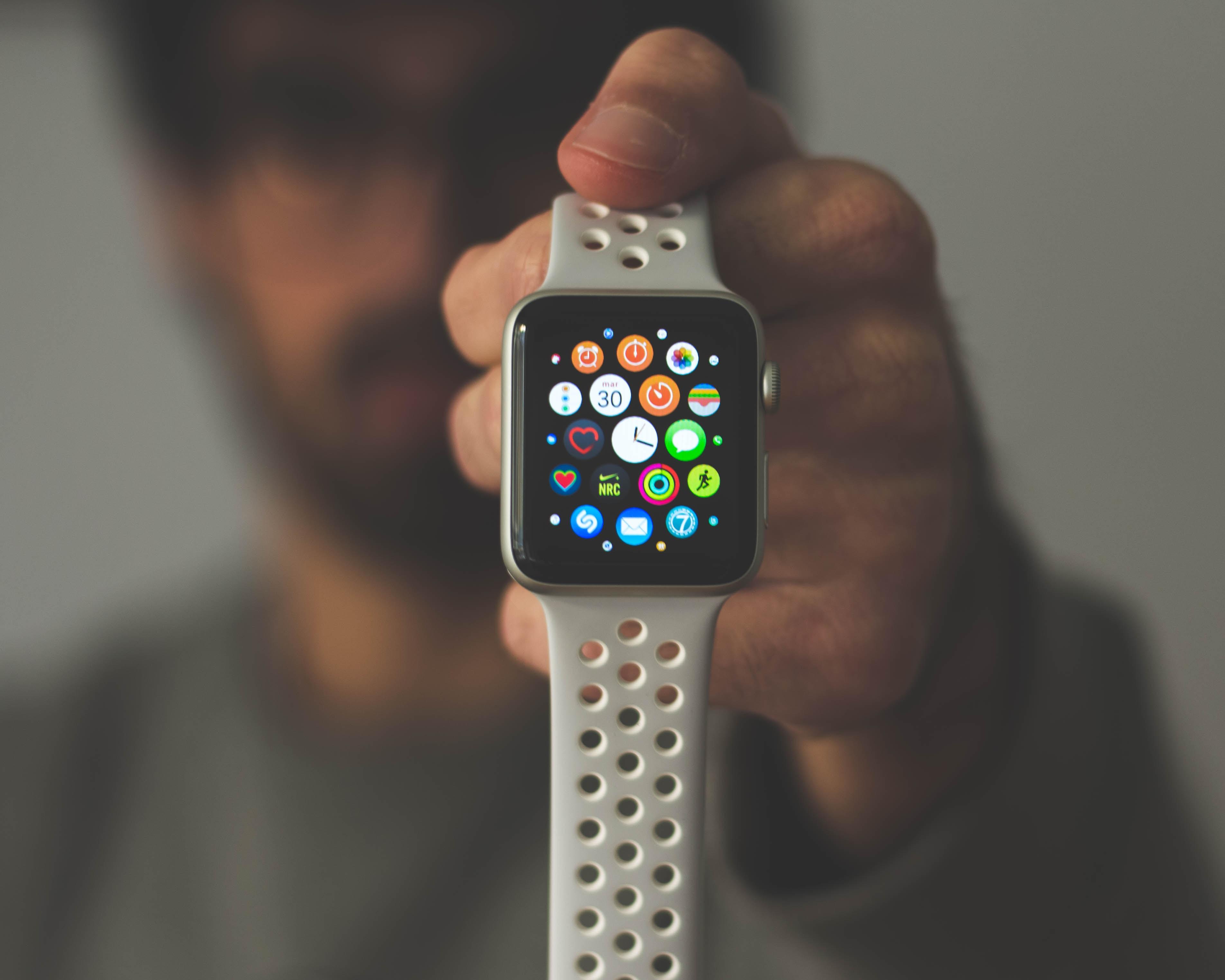 Как носить Apple Watch 24/7: правильная зарядка инастройка