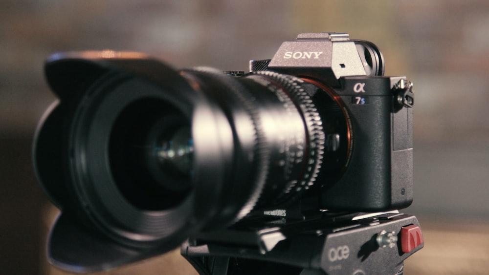 closeup photo of Sony OX 7s camera