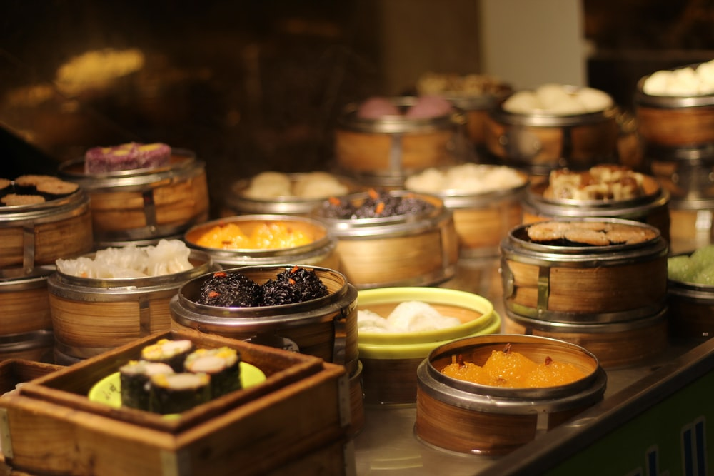 table of round food containers