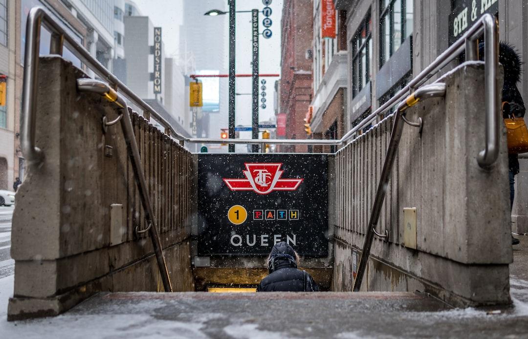 Queen Subway