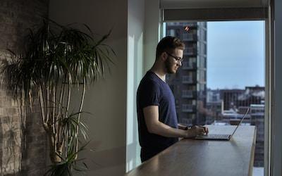 8 conseils pour arriver à travailler chez soi en télétravail