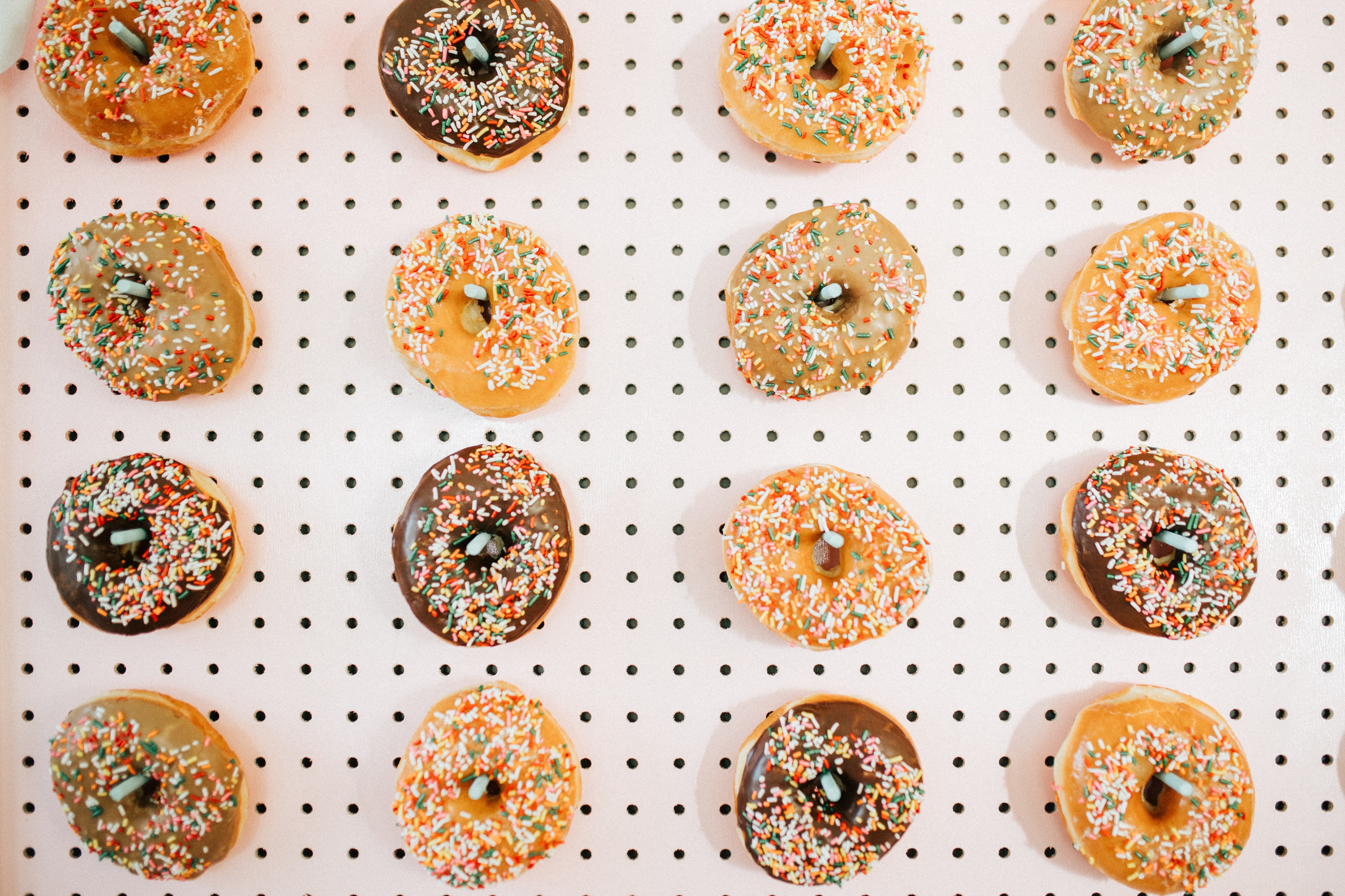 closeup photo of doughnut with toppings