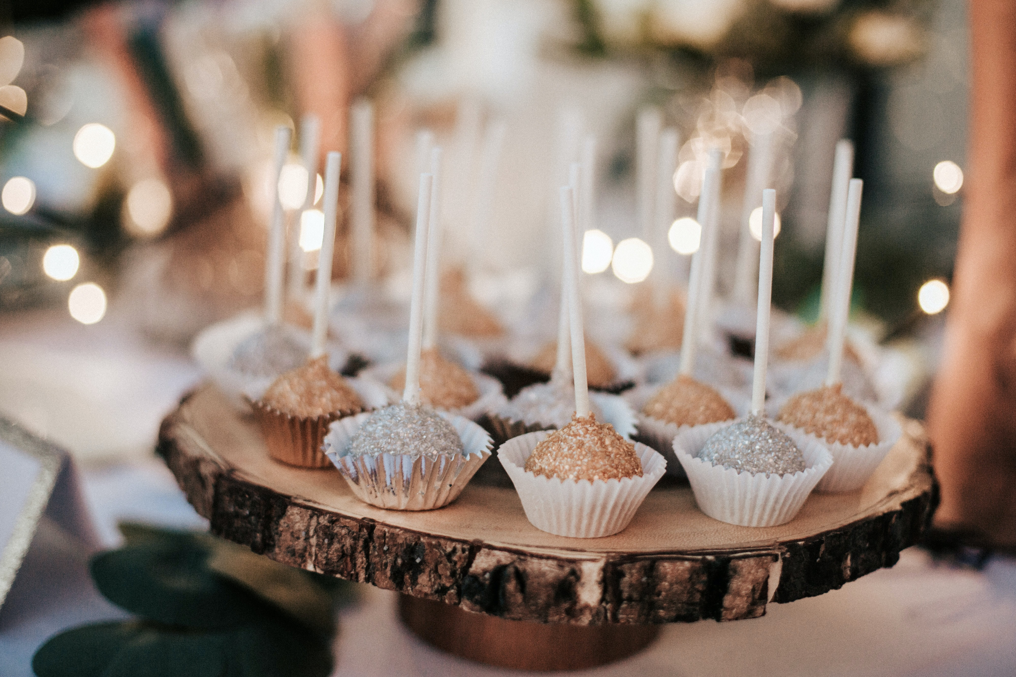 cupcakes on brown log tray