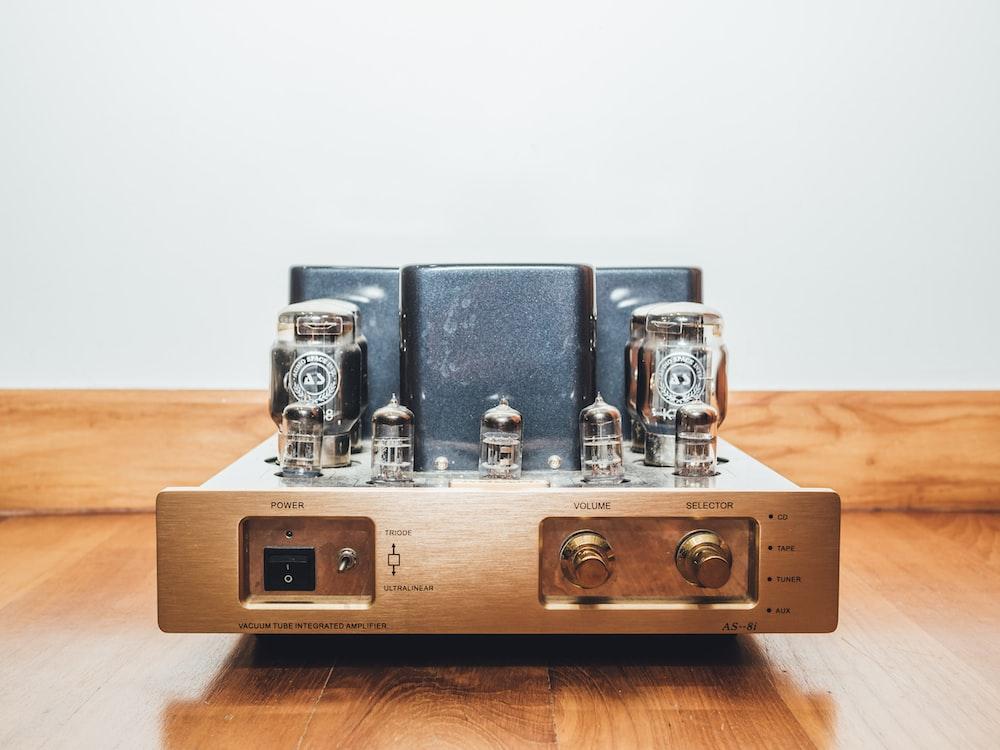gray CB radio