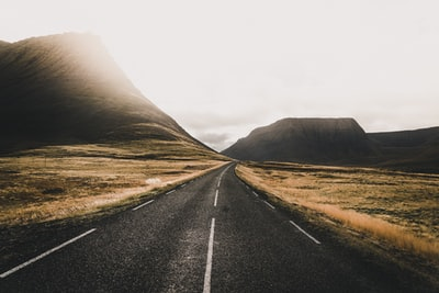 The endless Icelandic roads are a dream to travel by