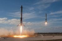 """SpaceX Falcon Heavy Landing"""