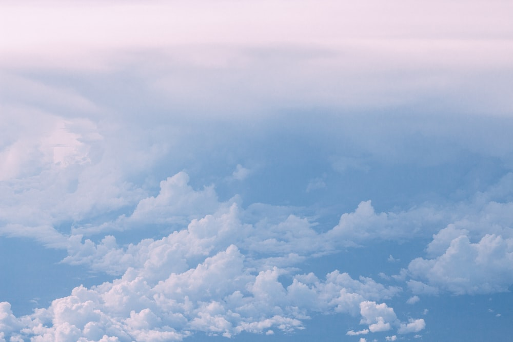 blue sky with white clouds at daytime