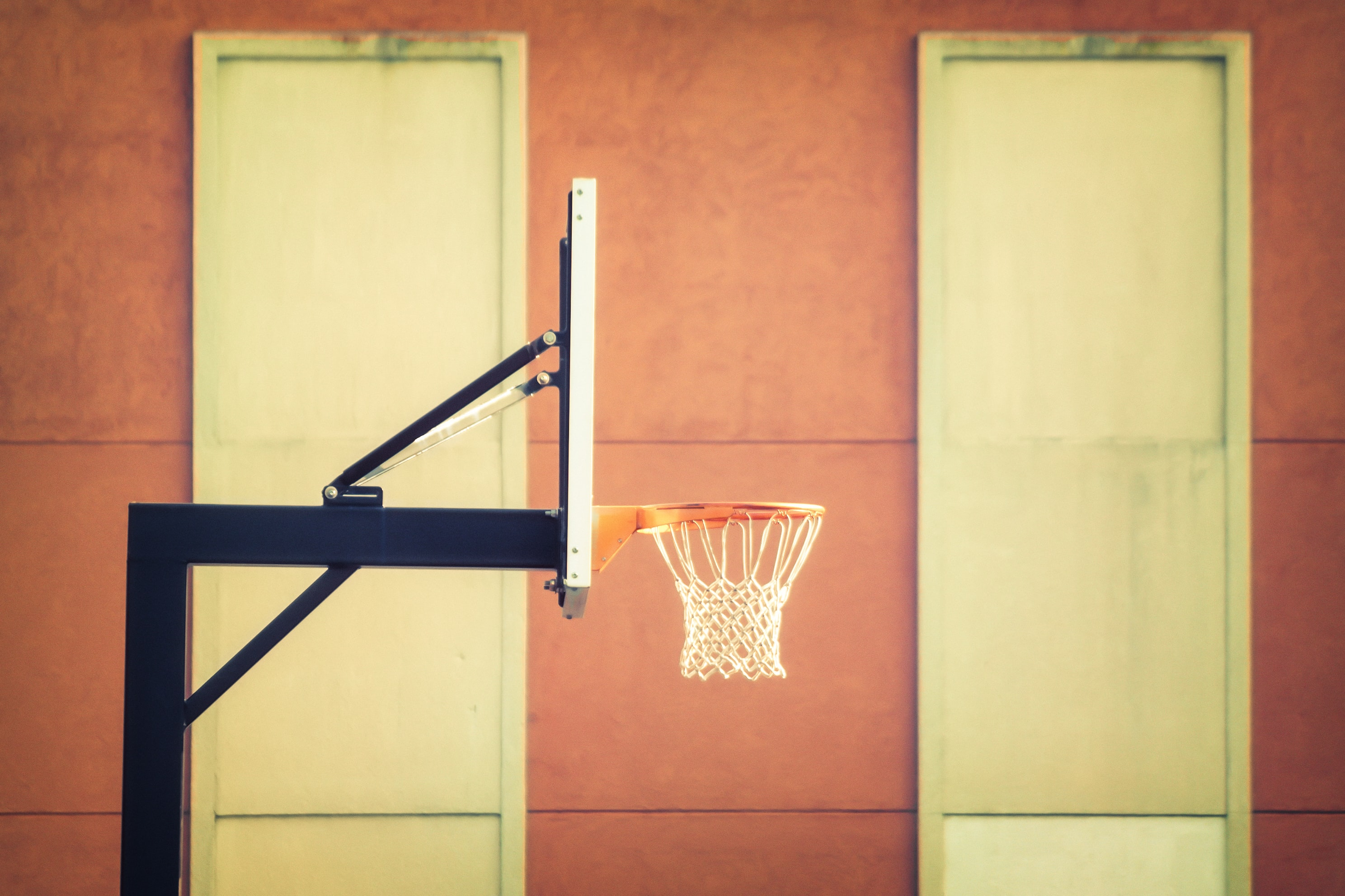 black and white portable basketball hoop
