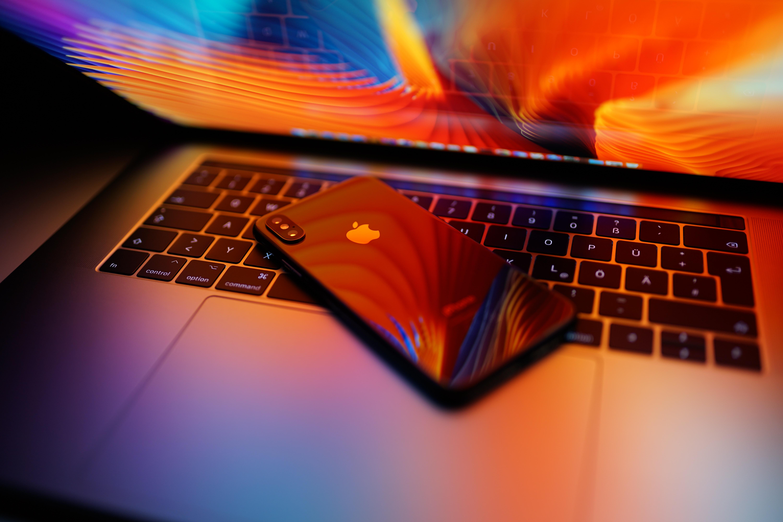 iPhone X on MacBook Pro