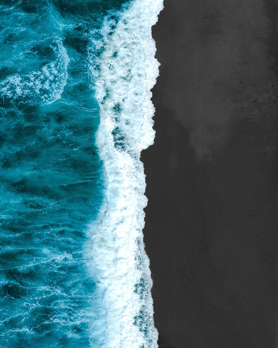aerial photography of sea wave