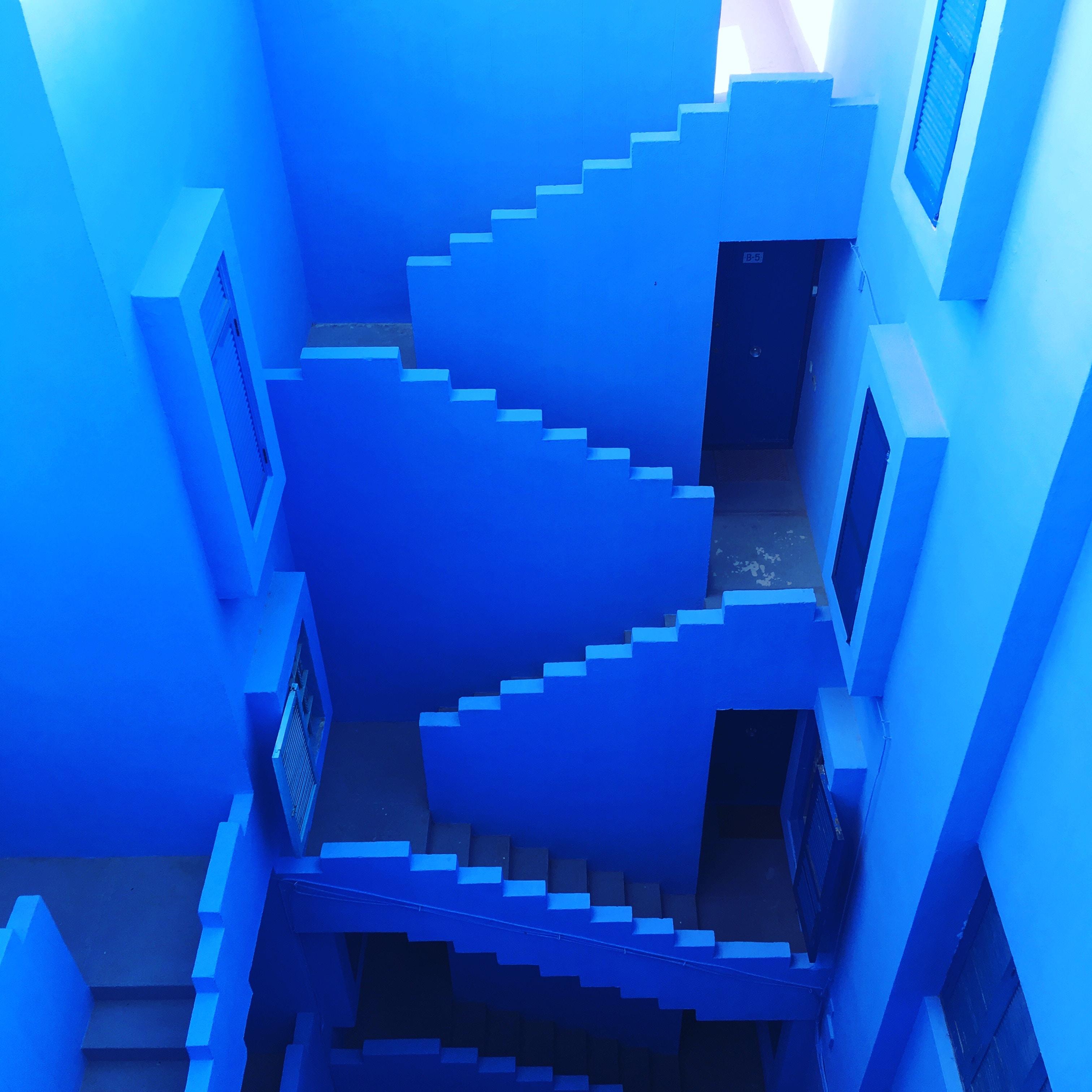 blue maze room interior