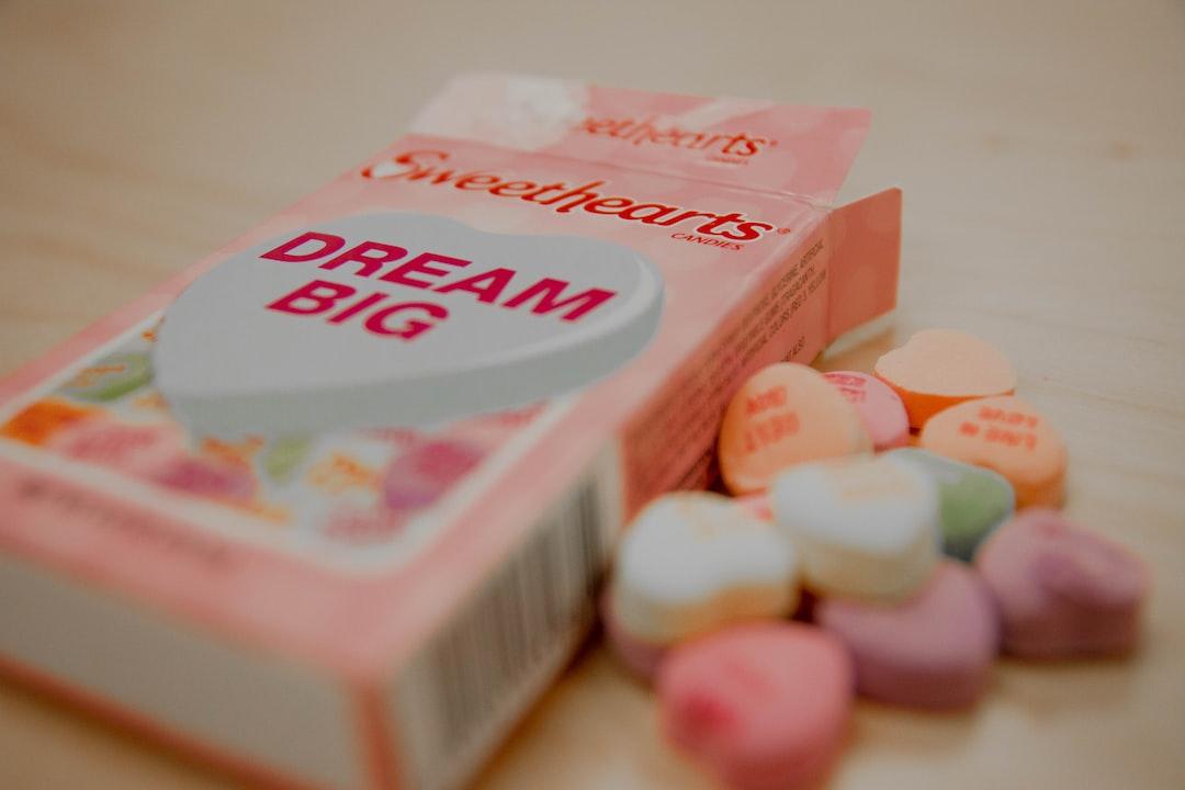Sweethearts Dream Big box