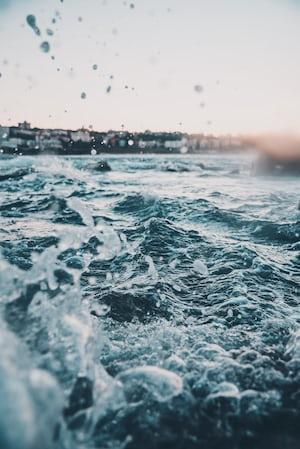 1723. A víz szépségei