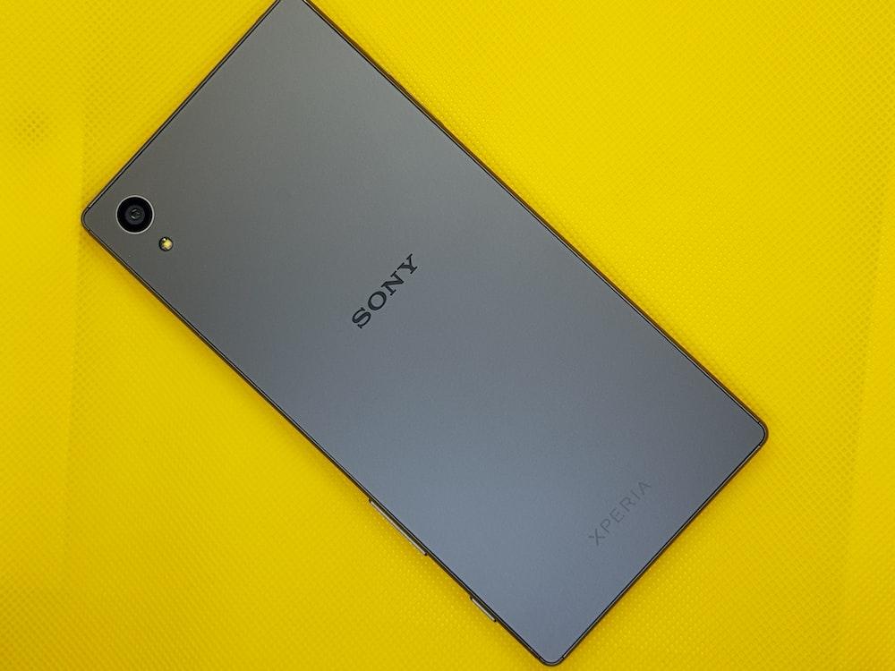black Sony Xperia
