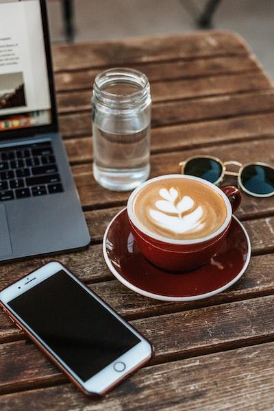 4161. Kávé