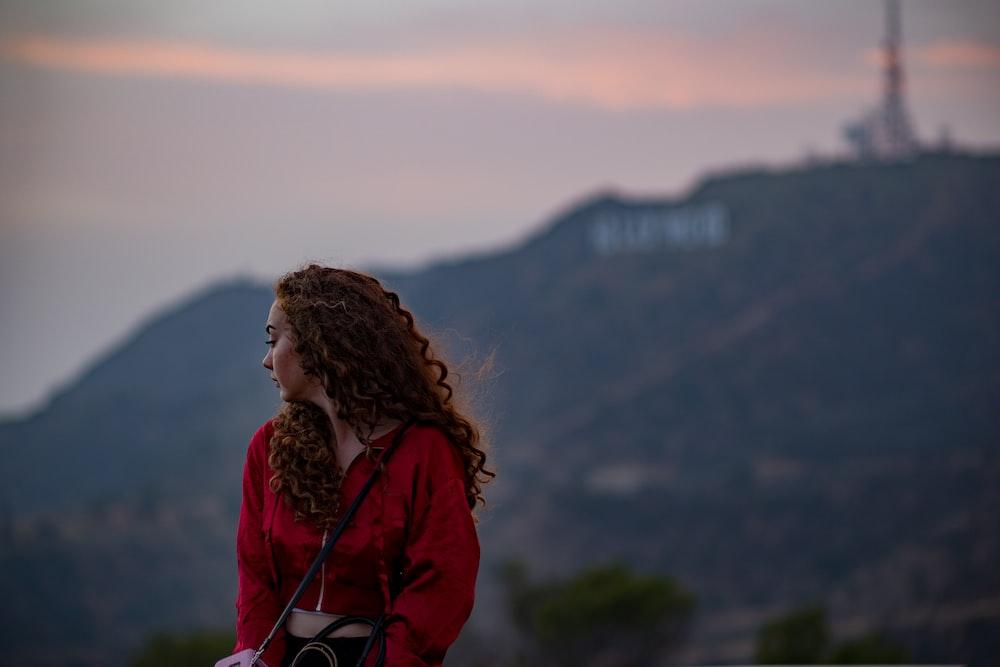 woman sitting during daytime