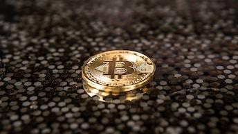 Crypto: A pyramid scheme!