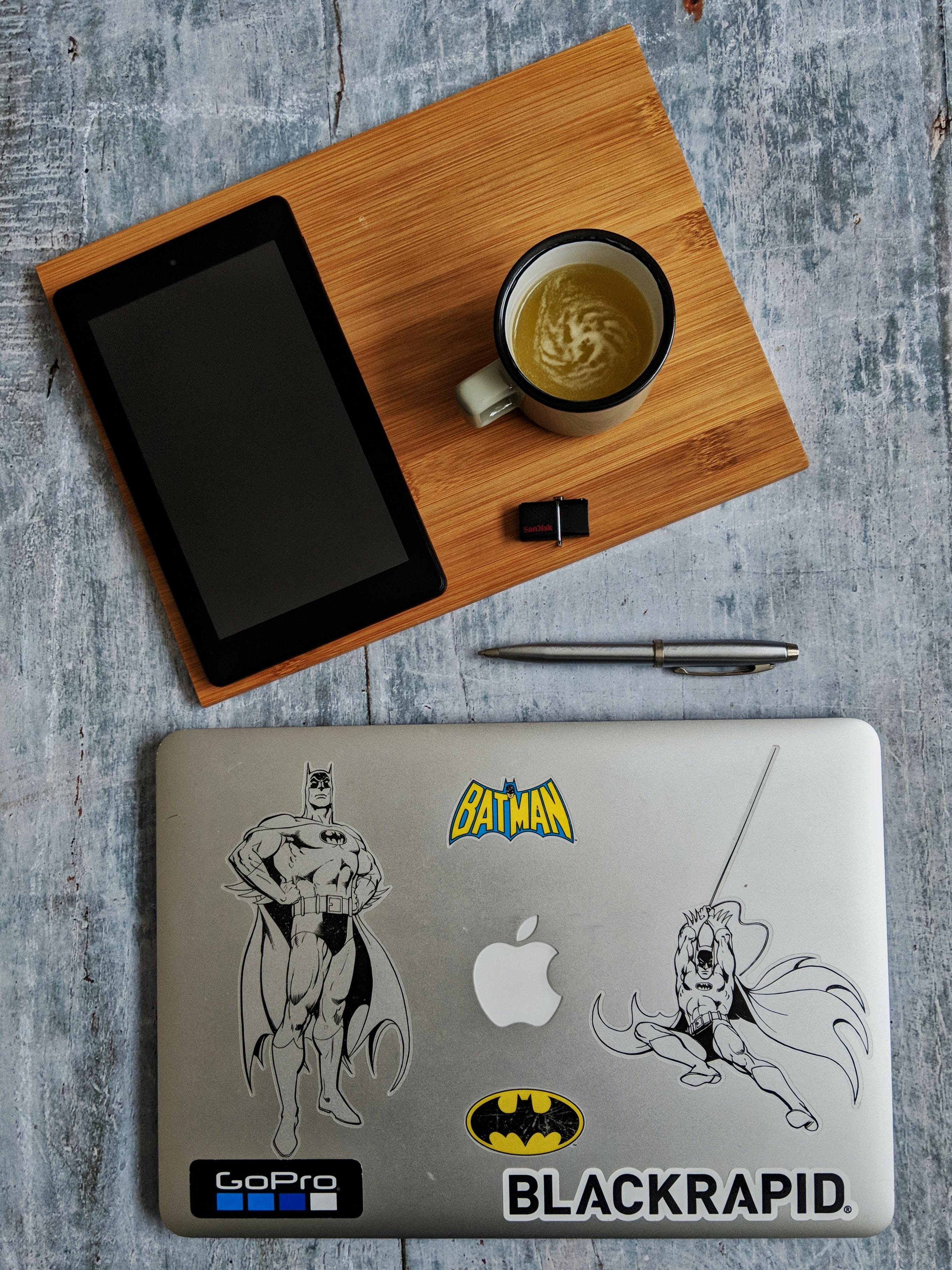 MacBook Air Near table computer