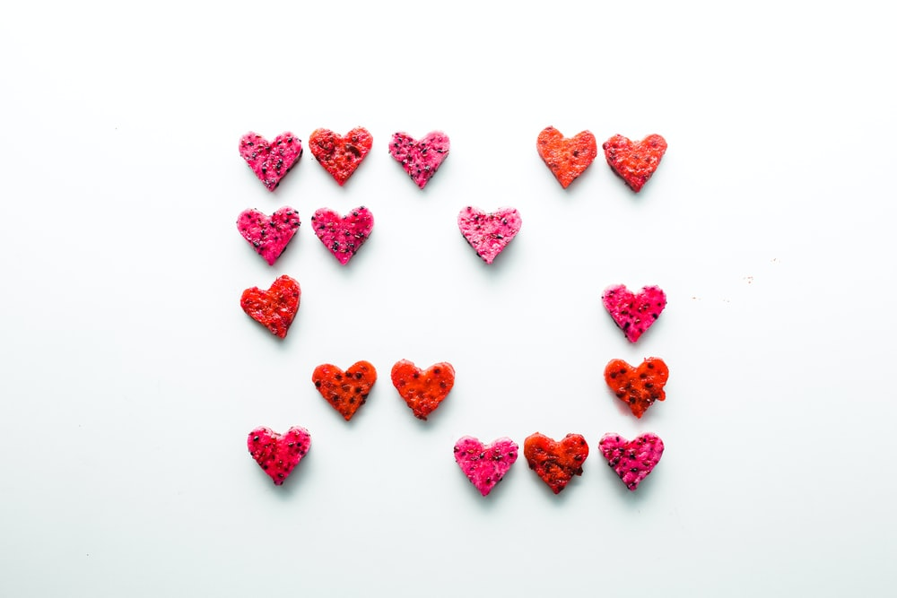 red heart decors