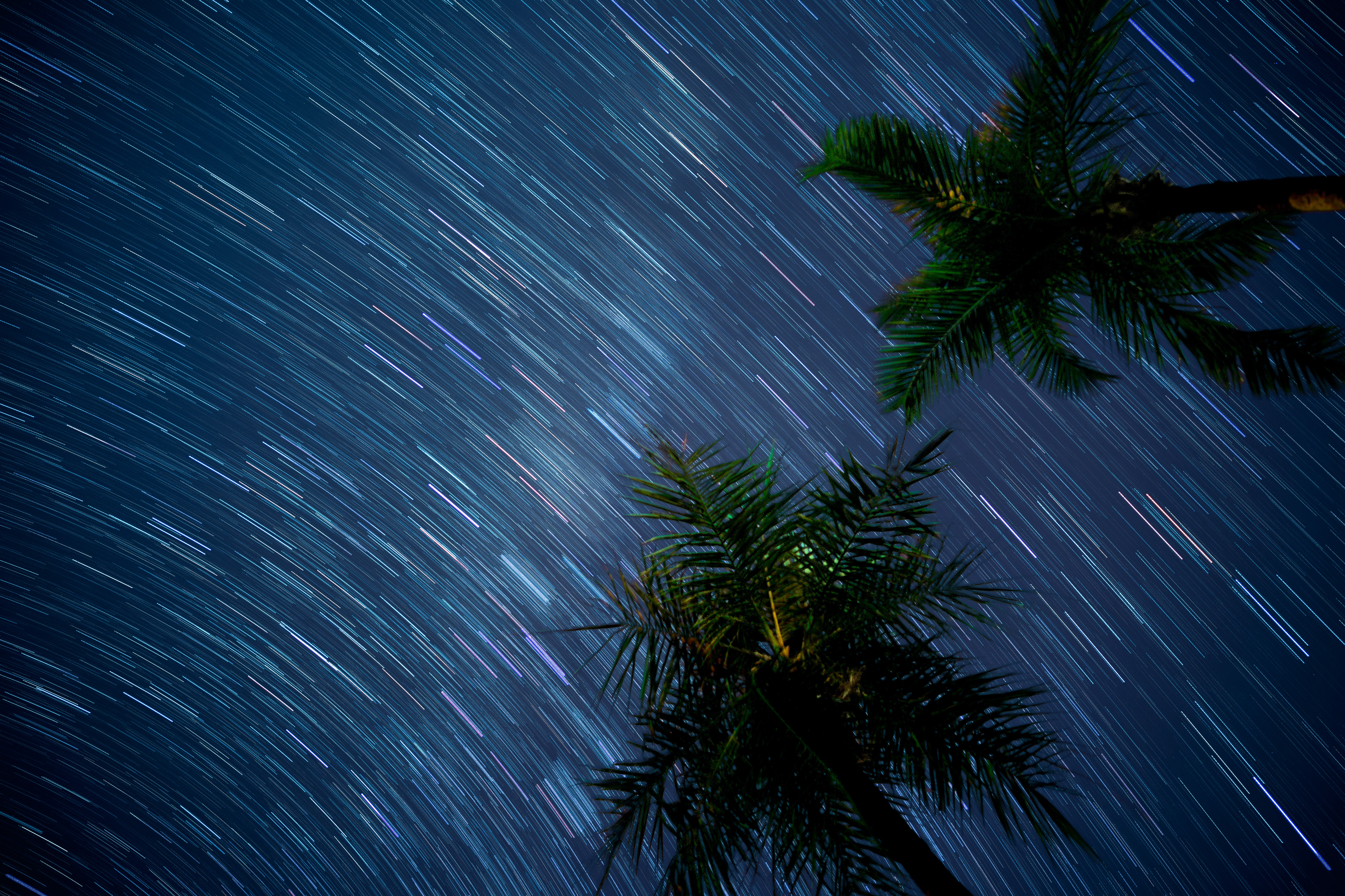 time-lapse photography of meteor shower