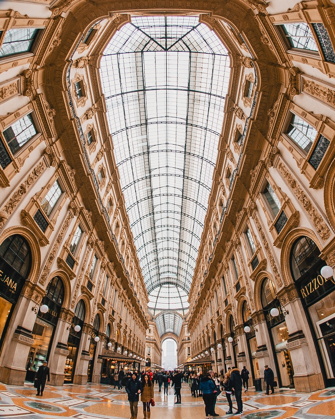 I had a about 30 minutes to explore Milan and had seen pictures of this place in the past.  I knew that the entire place was massive, so I packed up the 8mm and decided to try shooting ultra wide to capture all of it's beauty.