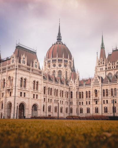 1557. Budapest